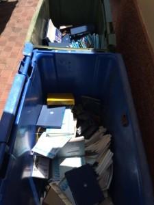Libros en contenedores