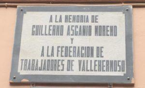 Placa en memoria de Guillero Ascanio