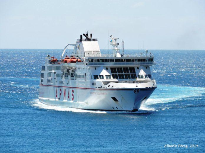Horario de los buques de naviera armas entre los d as 27 for Horario de oficina naviera armas