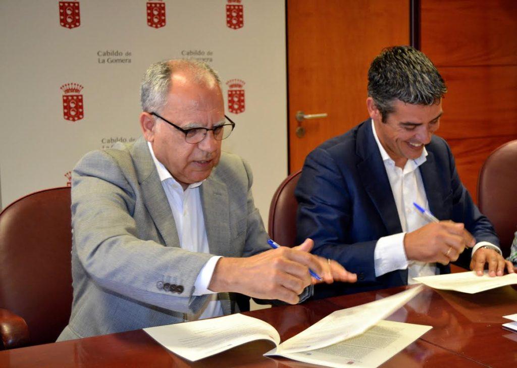 Casimiro Curbelo y Narvay Quintero