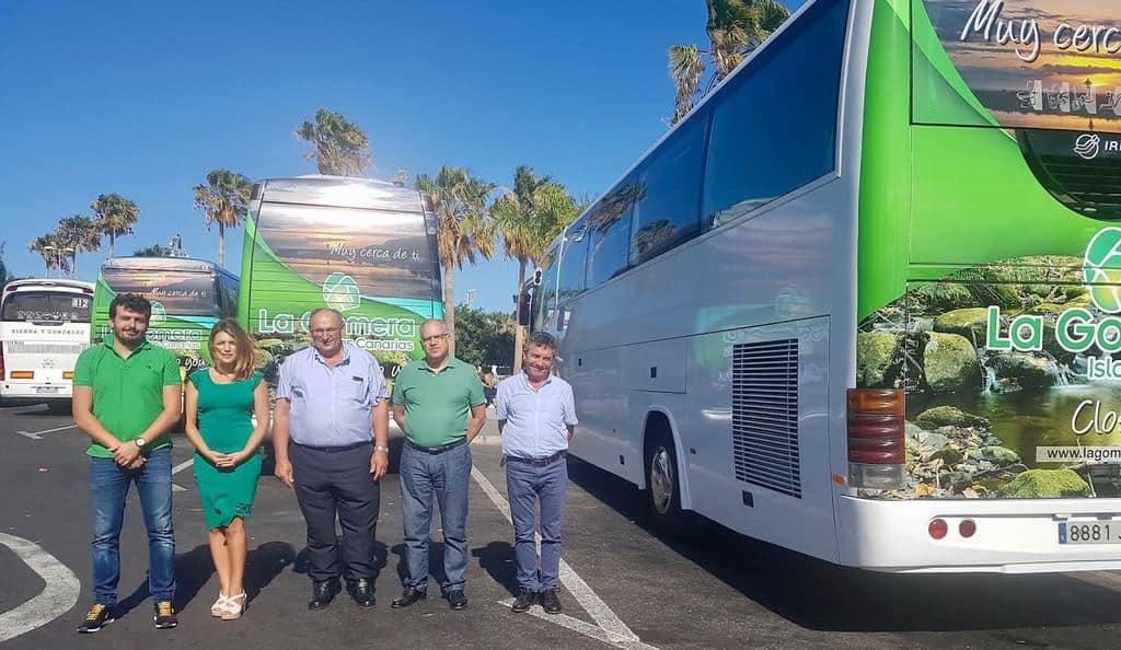 Las empresas gomeras de guaguas se suman a la promoci n de for Empresas de transporte en tenerife
