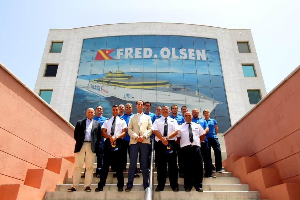 Fred olsen express presenta la tripulaci n del benchi for Oficinas fred olsen