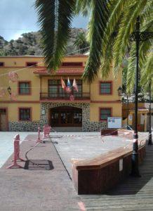 Plaza de la Constitución de Vallehermoso parque infantil