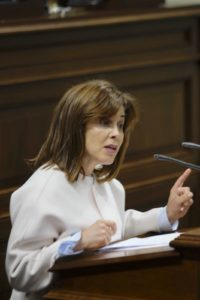 La diputada, Teresa Cruz Oval