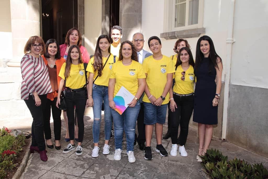 Curbelo destaca la capacidad de diálogo, la tolerancia y el respeto que ha reinado en este III Concurso Regional de Debate Escolar
