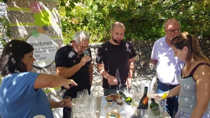 El equipo de Albert Adriá recorre La Gomera en busca de nuevos sabores para incorporarlos a su cocina
